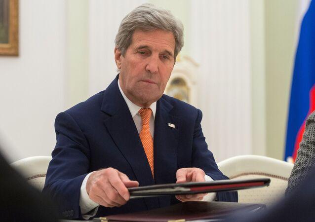 John Kerry a Mosca