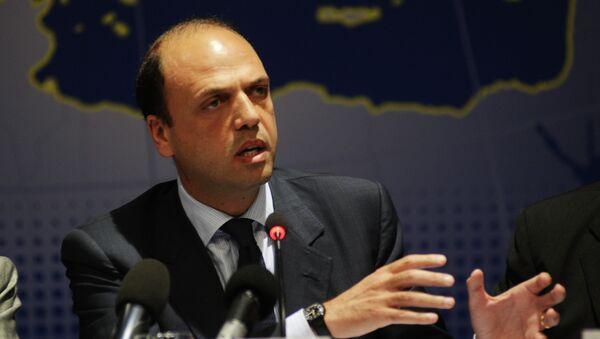Il ministro degli Interni italiano Angelino Alfano - Sputnik Italia
