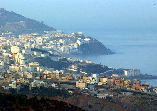 Vista su Ceuta, enclave spagnola in Marocco