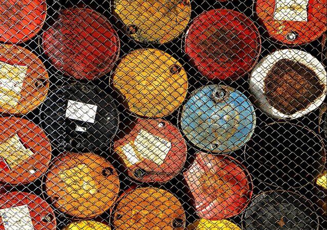 Ai turchi o all'Iran, a chi devono vendere il loro petrolio i curdi?