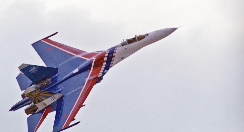 Caccia russo Su-27 (foto d'archivio)