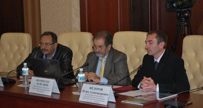 Francesco Lo Iudice insieme ad Igor Ferri portavoce dell'Associazione degli Italiani di Crimea e cofondatore di Krimprom