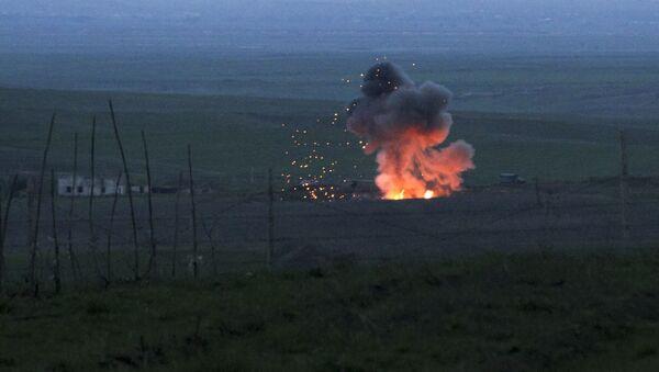 Scene di guerra nel Nagorno-Karabhak - Sputnik Italia