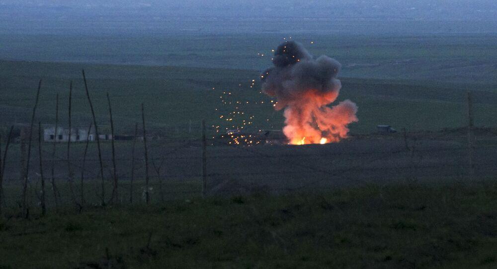 Scene di guerra nel Nagorno-Karabhak
