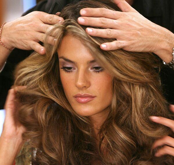 Alessandra Ambrosio, l' angelo brasiliano di Victoria`s Secret - Sputnik Italia