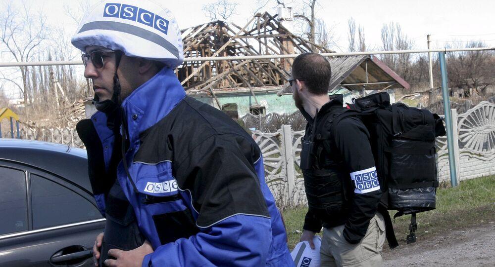 Ispettori OSCE nel Donbass (foto d'archivio)