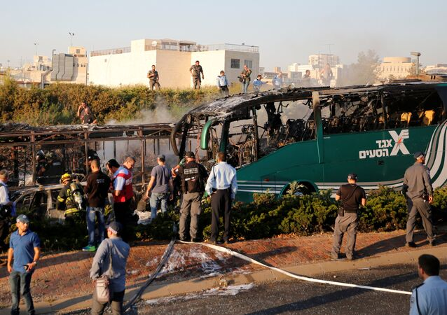 Luogo dell'esplosione di un autobus a Gerusalemme