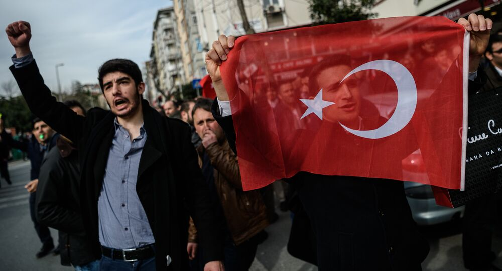 Manifestazione per la libertà di stampa in Turchia