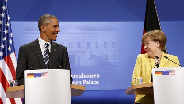 Barack Obama ed Angela Merkel alla conferenza stampa dopo colloqui di Hannover - Sputnik Italia
