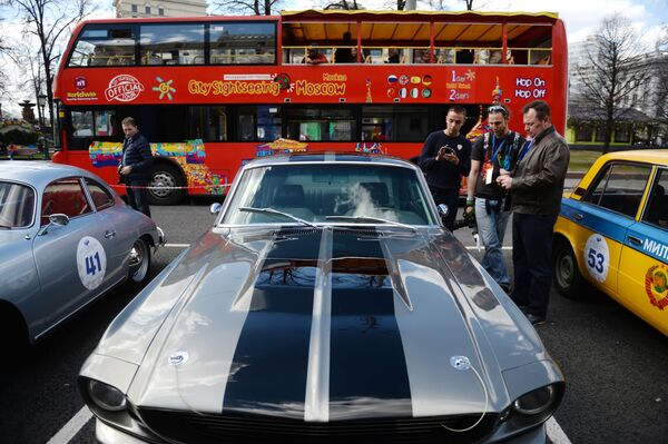 Rally delle auto classiche a Mosca. - Sputnik Italia