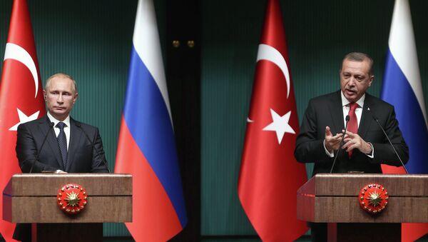 Putin e Erdogan al vertice bilaterale di Ankara, dicembre 2014 - Sputnik Italia