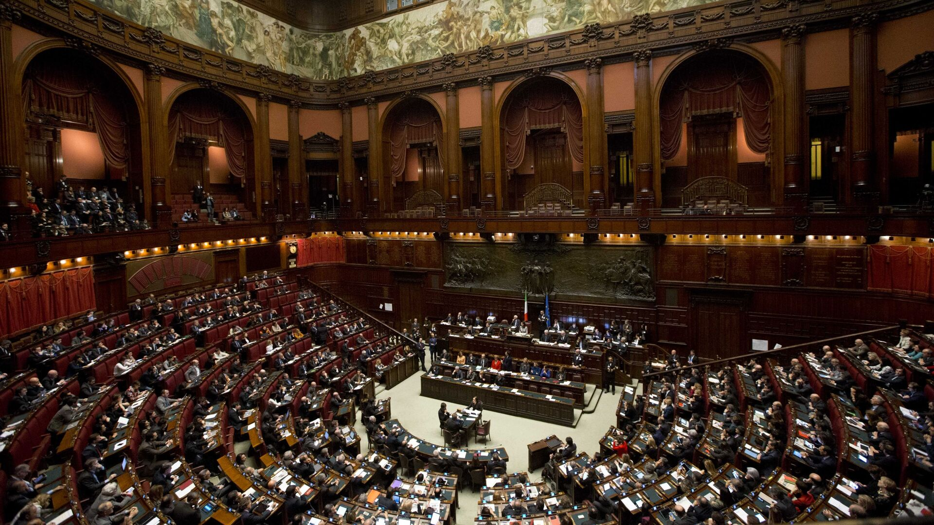 Il governo agirà per sostenere la ripresa evitando aumento del prelievo fiscale e rilanciando gli investimenti - Sputnik Italia, 1920, 14.07.2021