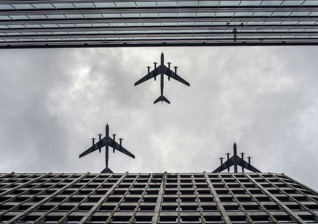 Parata della Vittoria a Mosca: le prove della parte aerea.
