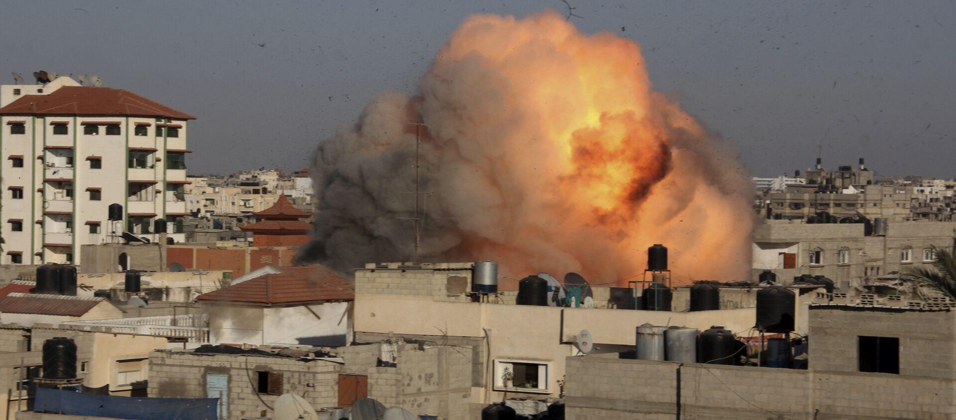 Raid dell'Israele a Gaza - Sputnik Italia, 1920, 17.04.2021