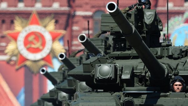 Il carro armato T-90 alla Parata Della Vittoria - Sputnik Italia