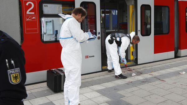 Polizia al luogo dell'attentato a Monaco di Baviera - Sputnik Italia