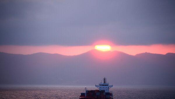 Una nave cargo tunisina - Sputnik Italia