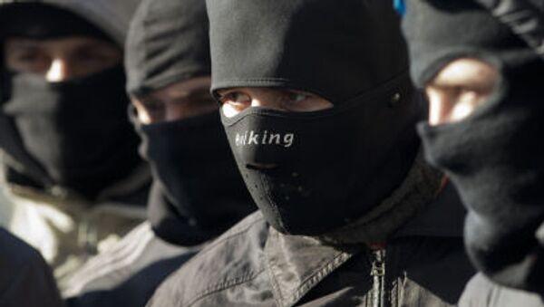 I membri del gruppo radicale ucraino Pravy sektor  (Settore destro) - Sputnik Italia