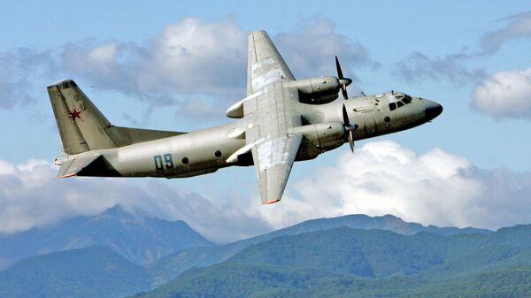 Aereo da trasporto militare An-26 (Foto d'archivio) - Sputnik Italia