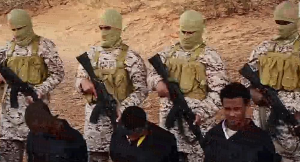 La esecuzione di 30 cristiani etiopi in Libia