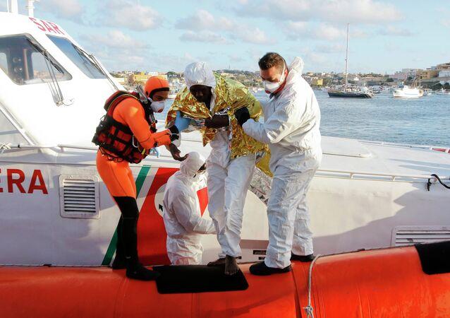 Il migrante sopravvissuto a Lampedusa