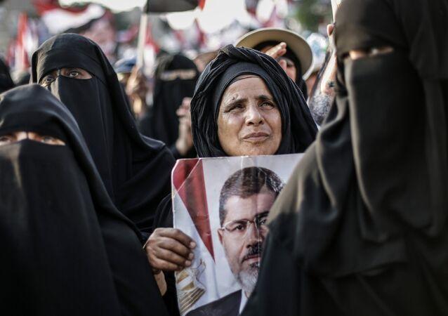 Manifestazioni di sostegno all'ex presidente Morsi al Cairo