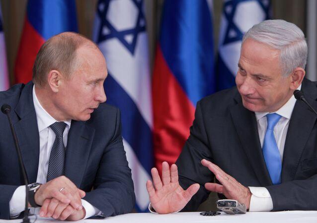 Vladimir Putin e Benjamin Netanyahu (foto d'archivio)