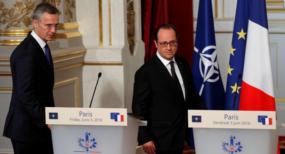 Jens Stoltenberg e Francois Hollande all'Eliseo