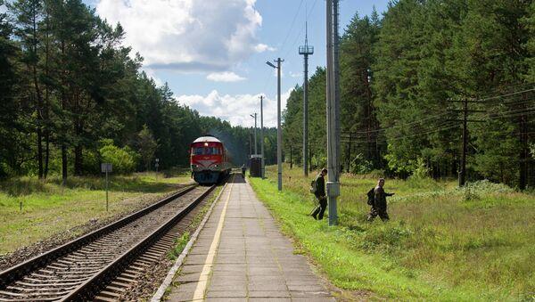 Un treno in Lituania - Sputnik Italia
