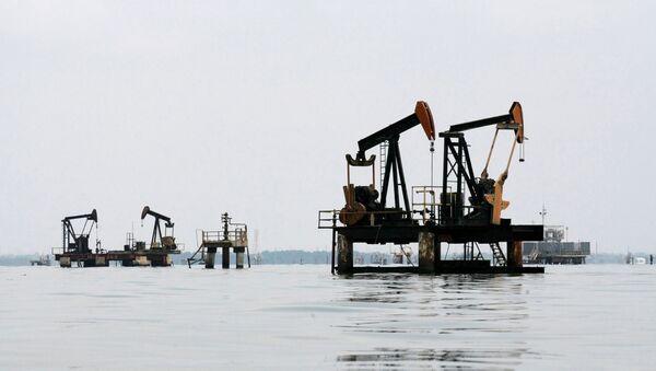 Una trivella petrolifera in Venezuela - Sputnik Italia