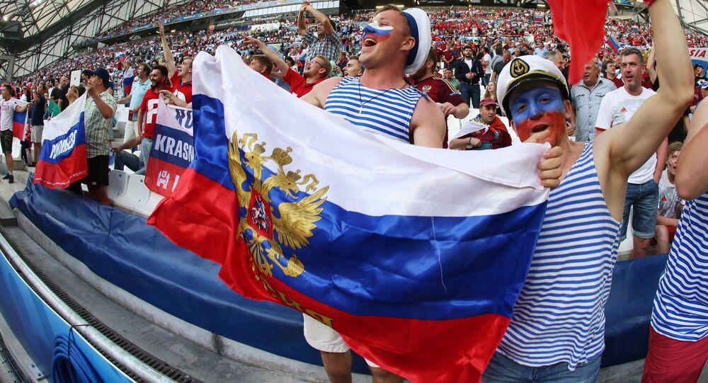 Tifosi russi a Marsiglia