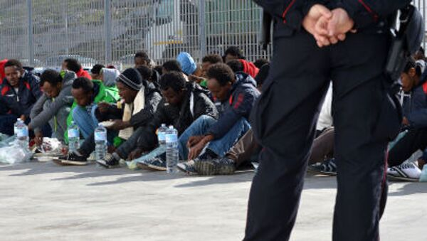In Europa è allarme ISIS: terroristi sbarcano insieme agli immigrati. - Sputnik Italia