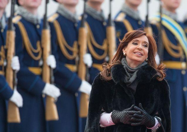 Cristina Kirchner fotografata in una visita a Mosca
