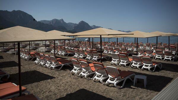 Una spiaggia vuota in Turchia. - Sputnik Italia