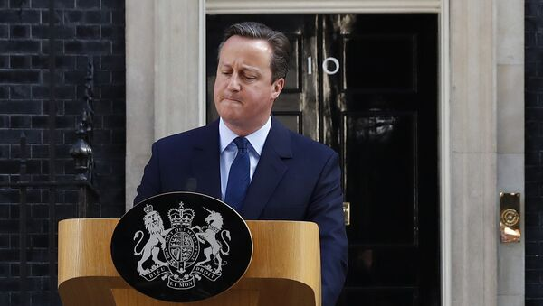 Britain's Prime Minister David Cameron speaks after Britain voted to leave the European Union, outside Number 10 Downing Street in London, Britain June 24, 2016 - Sputnik Italia