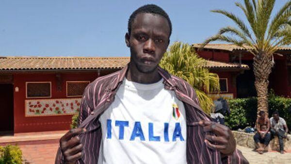 ragazzo libico nel centro di accoglienza Palazzolo Acreide - Sputnik Italia