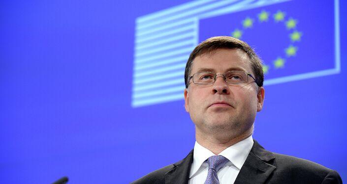 Il commissario europeo per il Commercio Valdis Dombrovskis