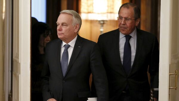 Jean-Marc Ayrault  e Sergei Lavrov - Sputnik Italia