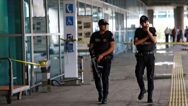 Agenti della polizia turca - Sputnik Italia