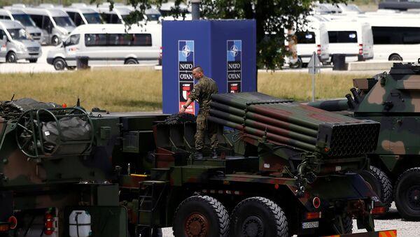 Esposizione militare in vista del vertice NATO in Polonia - Sputnik Italia