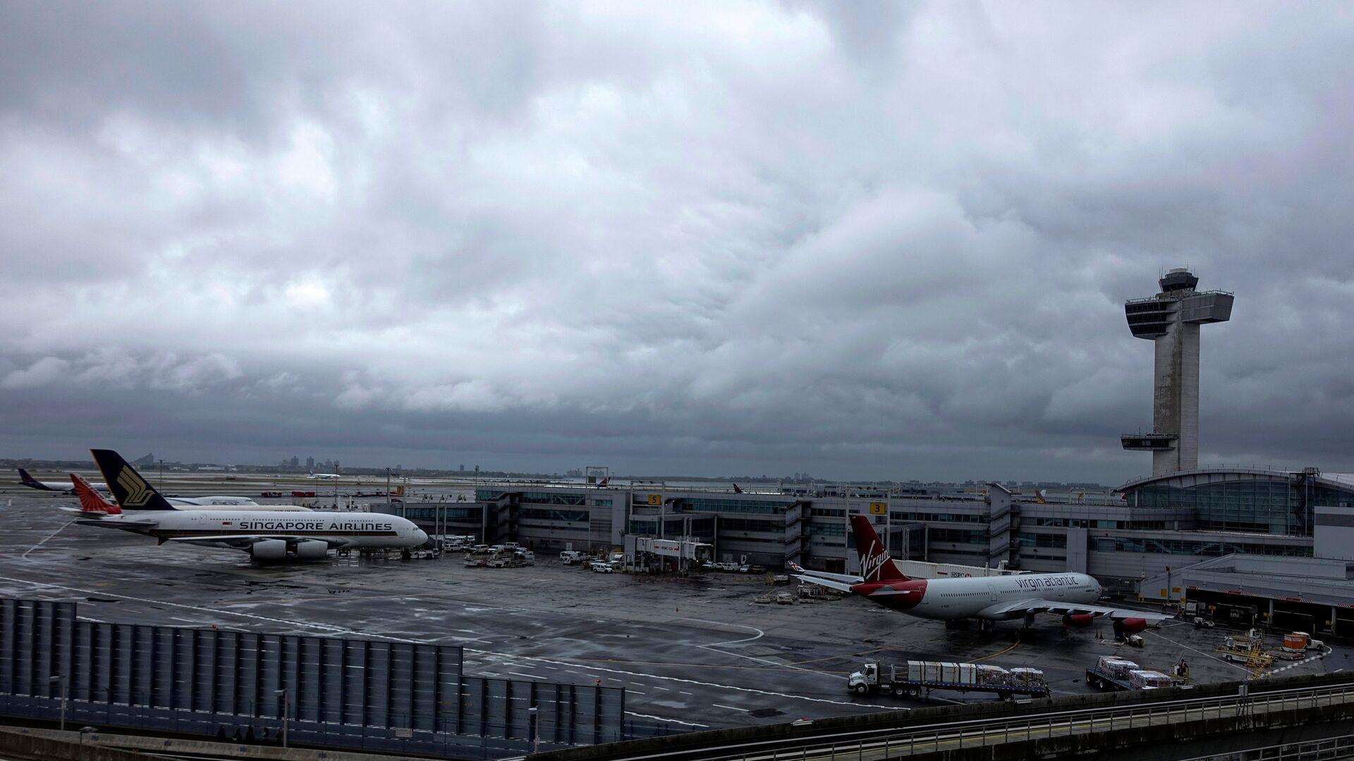 Una vista dell'aeroporto JFK a New York - Sputnik Italia, 1920, 05.08.2021