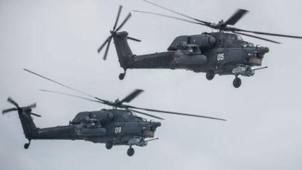 Вертолеты Ми-28 Н Ночной охотник на аэродроме Кубинка - Sputnik Italia