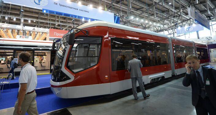 Il tram Vityaz presentato ad INNOPROM 2016