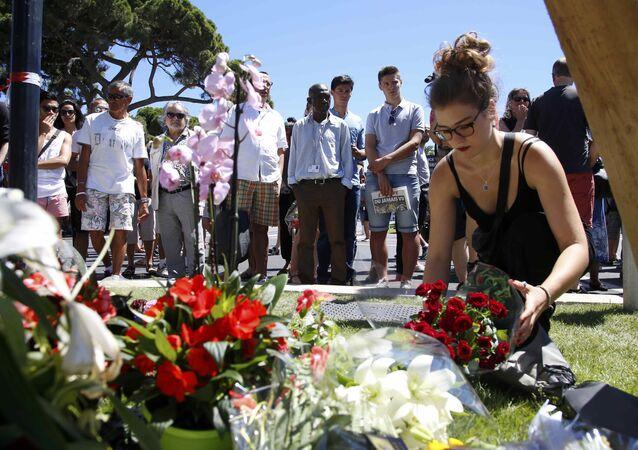 Nizza, commemorazione vittime attentato