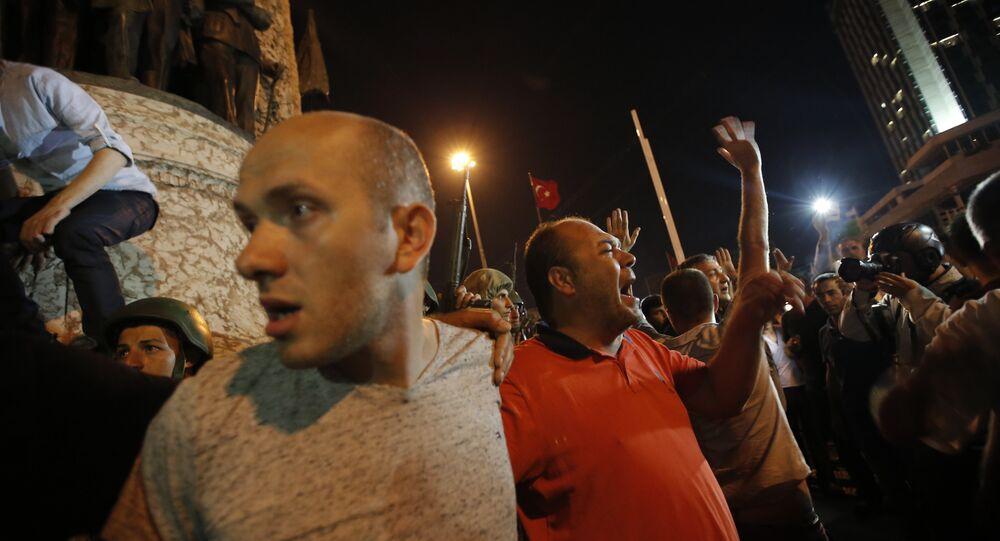 Sostenitori di Erdogan