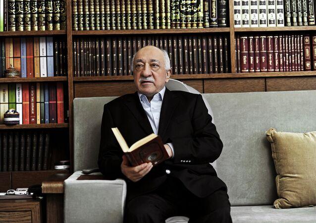 Oppositore turco Fethullah Gulen (foto d'archivio)