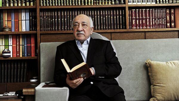 Predicatore musulmano Fethullah Gulen accusato da parte delle autorità turche di aver orchestrato il golpe fallito - Sputnik Italia
