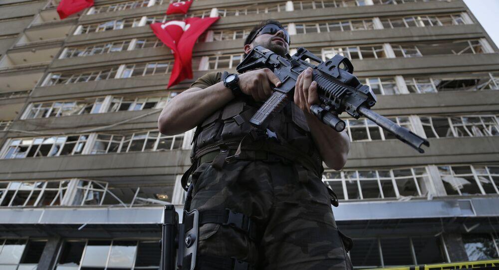 Agente delle forze speciali turchi