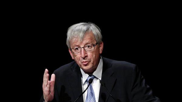 """Jean-Claude Juncker: dobbiamo lavorare a fondo per aprire le porte e agire sull'immigrazione in regola"""". - Sputnik Italia"""