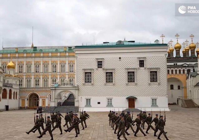 Il reggimento presidenziale.